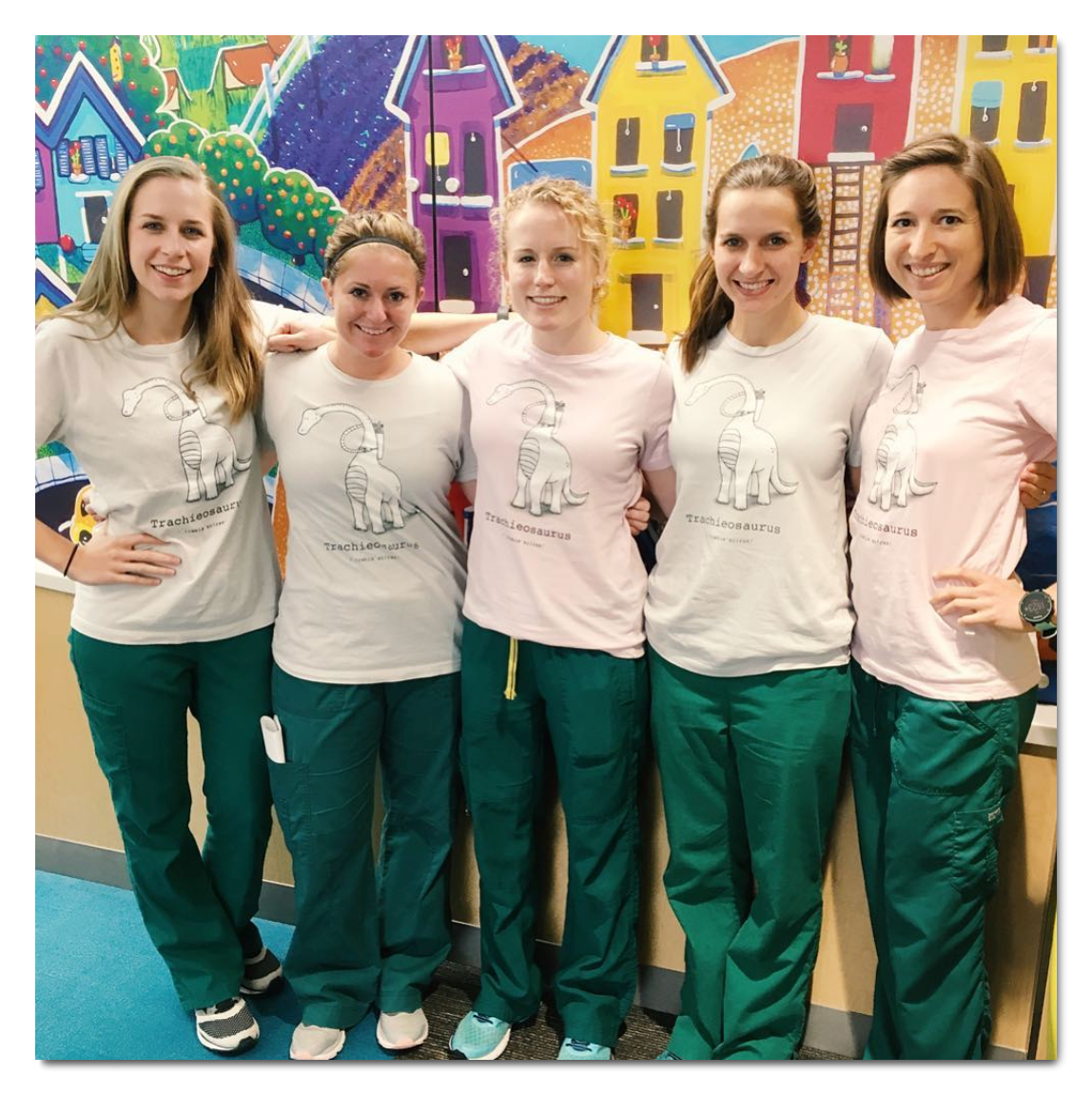 Nurses-wearing-StomaStoma-tees