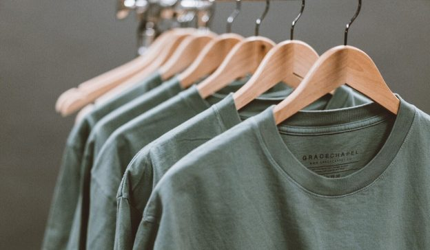 t-shirt rack with inside labels