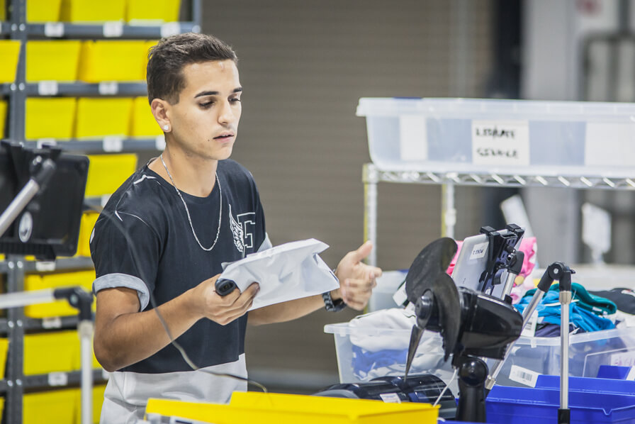 Best of POD and Wholesale - Same-day order fulfillment